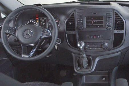 Adaptér pro ovládání na volantu Mercedes Vito (15->) s ISO