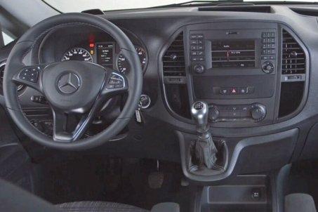 Adaptér pro ovládání na volantu Mercedes Vito (15->) ISO