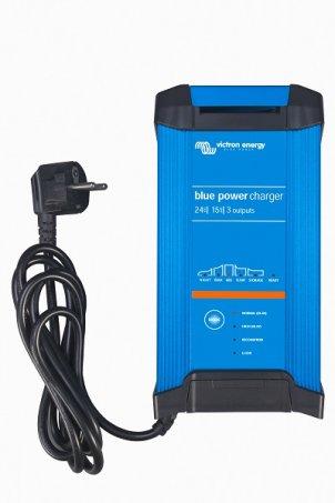 Chytrá nabíječka baterií Victron En. BlueSmart 12V/20A