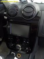 DACIA DUSTER (Sandero) 2 DIN rádio s navigací